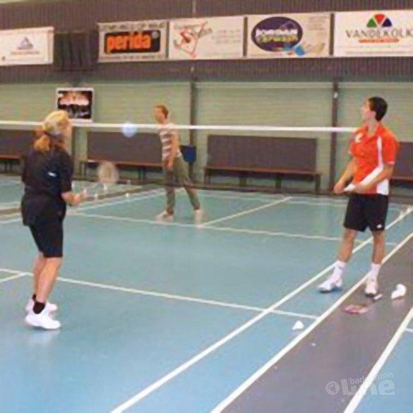 Eerste clinic van Meijs en sponsor MR Badminton - Erik Meijs