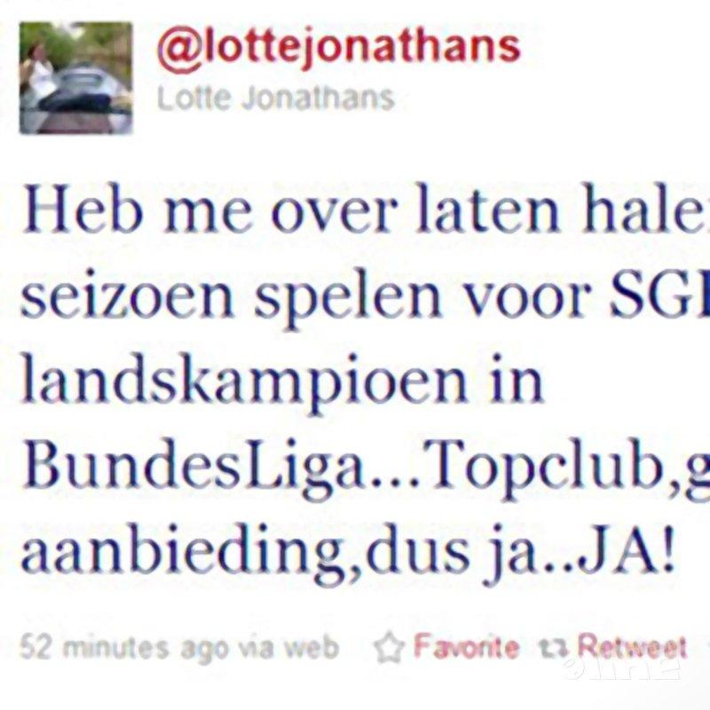 Lotte Jonathans heeft 'allejezus goed' aanbod gekregen - Twitter