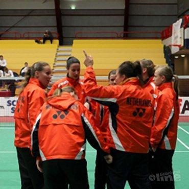 Badmintonvrouwen plaatsen zich wel voor halve finales