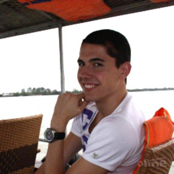 1e trainingsdag in Vietnam zit erop voor Erik Meijs - Stef Meijs