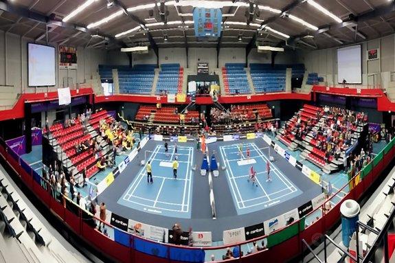 Almere feliciteert VELO - badmintonline