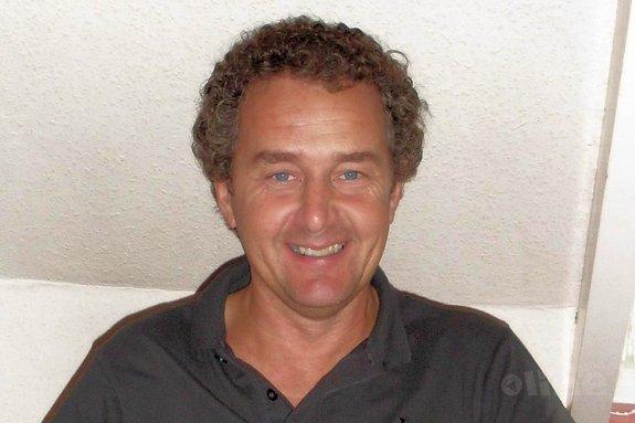 Ad Kwakkenbos: 'Verspil geen geld aan overhead, maar besteed het aan de sport' - Ad Kwakkenbos