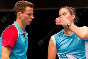 Jorrit de Ruiter en Samantha Barning naar tweede ronde in Singapore