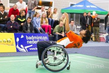 Jordy Brouwer doet mee aan het NK Aangepast Badminton