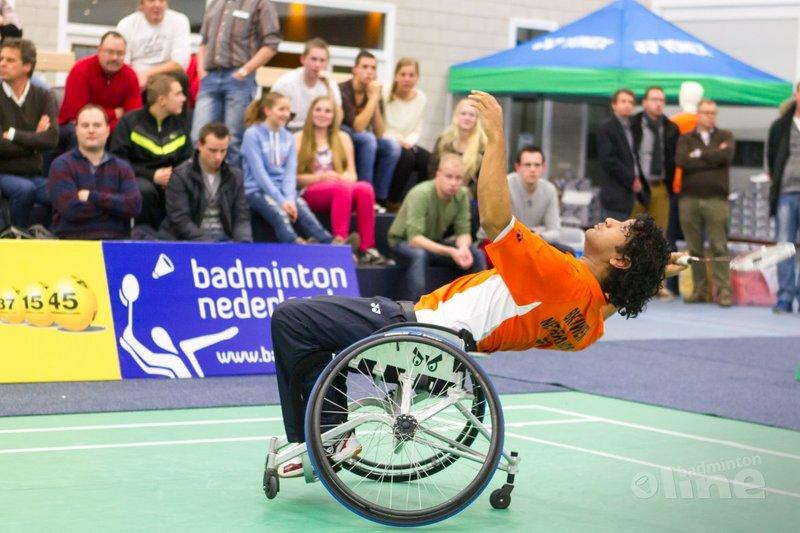 Jordy Brouwer doet mee aan het NK Aangepast Badminton - René Lagerwaard