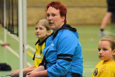 Parabadmintonsters trainen met Ilse van de Burgwal
