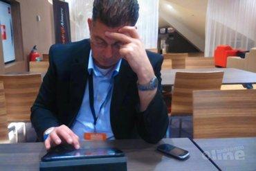 Oud-afgevaardigde Ber van Loon richting BNL-bestuurslid Paul Kleijn: een uitnodiging