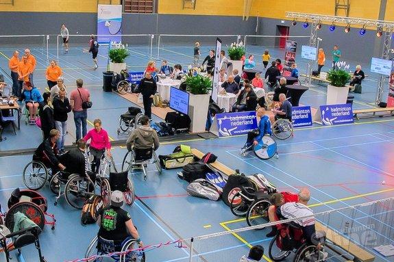 Deze afbeelding hoort bij 'NK Aangepast Badminton smaakt naar meer; 750.000 badmintonners in Nederland' en is gemaakt door Edwin Sundermeijer