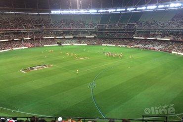 Australian Football in een stadion met 100.000 stoelen