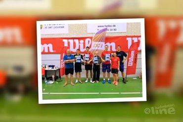 Een tip van de badmintonsluier opgelicht