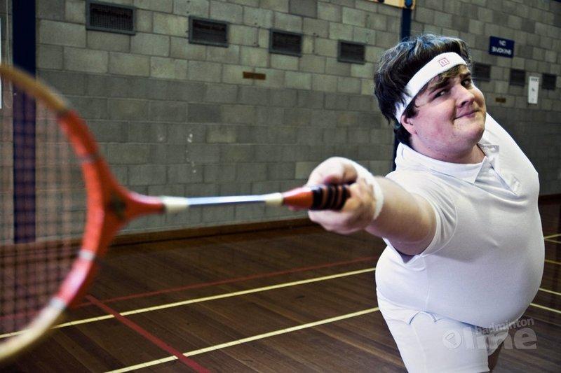 8 gezondheidsvoordelen als je gaat badmintonnen en je dure fitness abo dumpt! - Bruce Lee Played Badminton Too