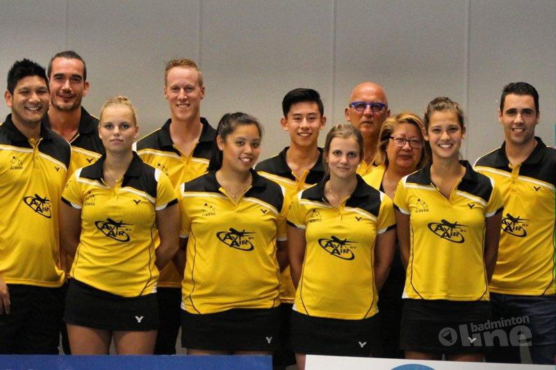 Veerkrachtige badmintonners Almere spelen gelijk tegen DKC - BV Almere