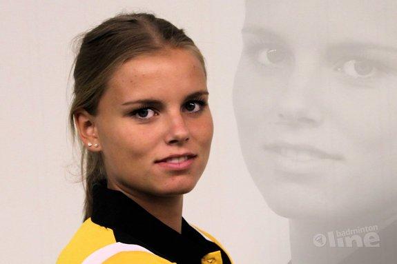Tamara van der Hoeven en Madouc Linders verlengen bij Almere - BV Almere