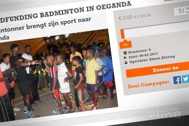Oegandeese badmintonner Edwin Ekiring zamelt badmintonmateriaal in voor Afrikaans thuisland