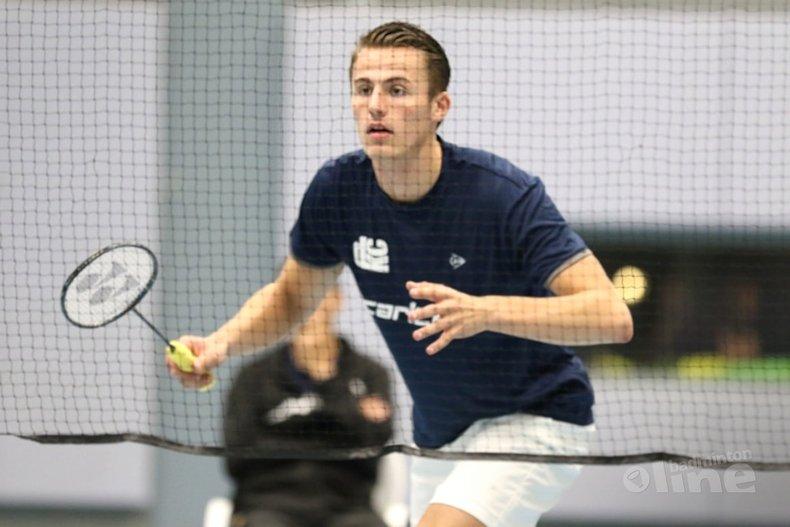 Deze afbeelding hoort bij 'Pittig programma DKC tijdens dubbelweekend in Nederlandse Badminton Eredivisie' en is gemaakt door Ashton Tokromo