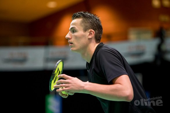 Mark Caljouw opent tegen Chen Long tijdens French Open Super Series - Alex van Zaanen