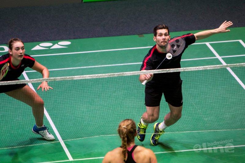 Nederlandse badmintonploeg strijkt neer in Glasgow - Alex van Zaanen