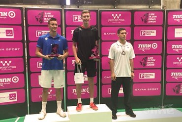 Dennis Koppen wint Israel Junior