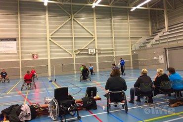 Groot deelnemersaantal aangepast badmintontoernooi Delftse Redeoss