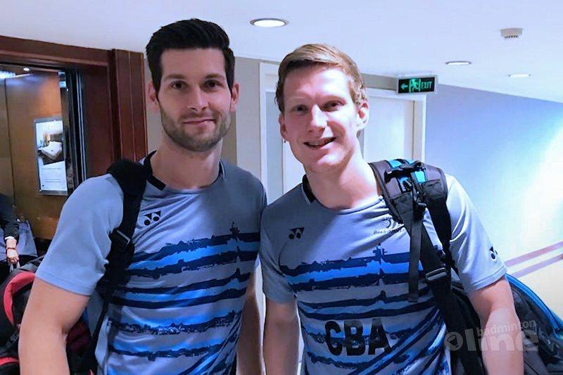 Jelle Maas en Robin Tabeling zijn klaar voor hun wedstrijd! - Badminton Nederland