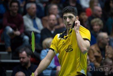 Syrische vluchteling Aram Mahmoud badmintonwinnaar in Gorredijk