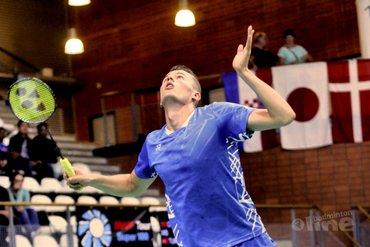 Mark Caljouw loot tegen nummer 15 van de wereld tijdens WK Badminton in Zwitserland