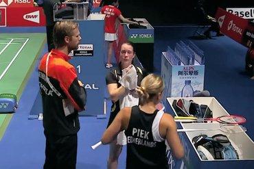 Selena Piek en Cheryl Seinen door naar tweede ronde WK Badminton