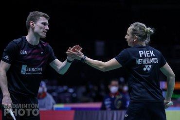 Tabeling en Piek overtuigend naar tweede ronde in Thailand