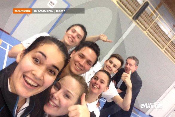BC Smashing maakt winnende #teamselfie - badmintonline