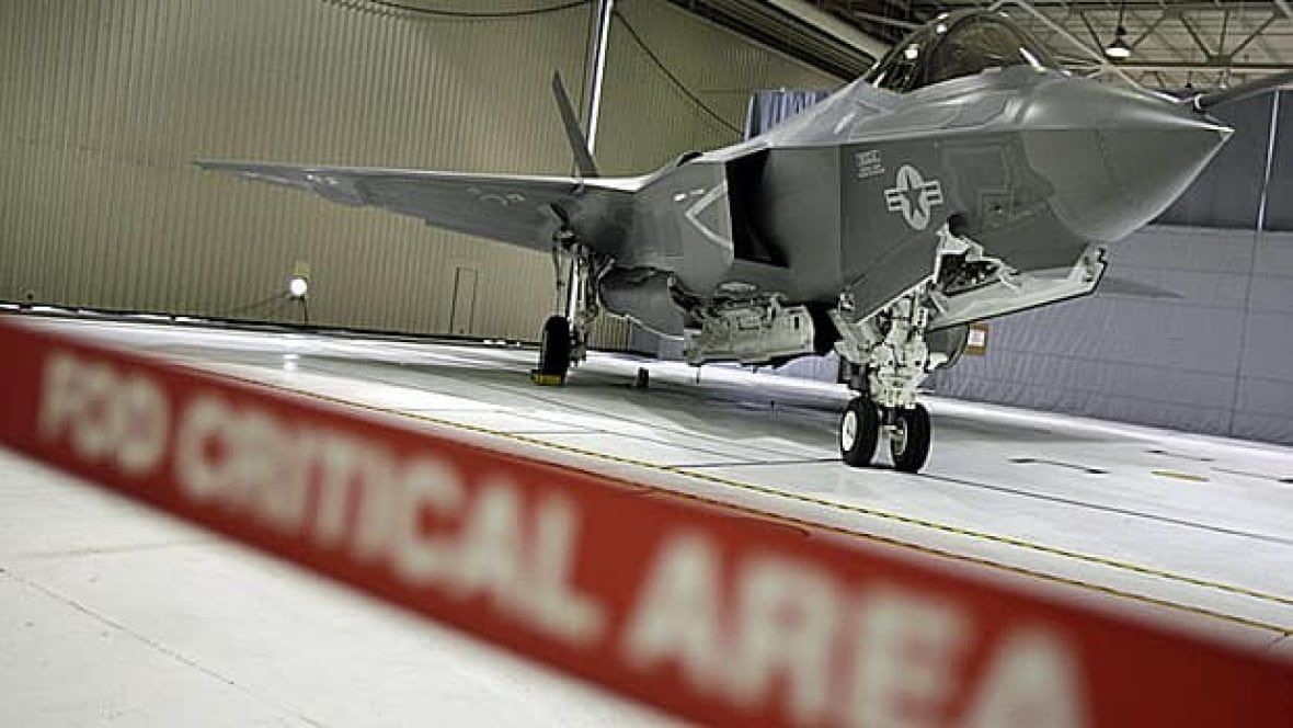 Canadian F-35 contracts in peril if Ottawa buys elsewhere