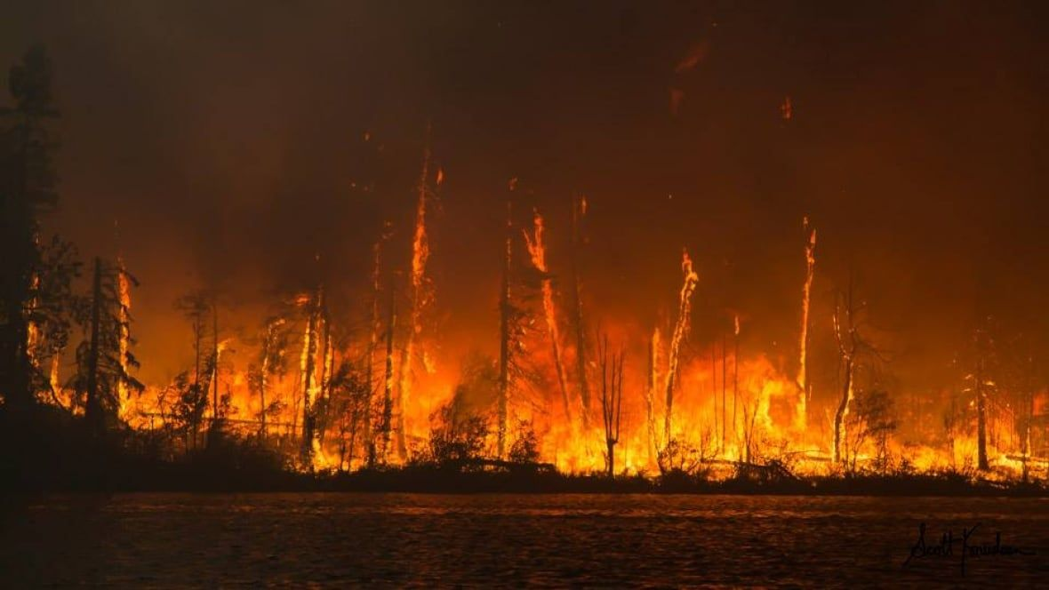 Sask. Opposition leader Cam Broten calls for inquiry on forest fire response