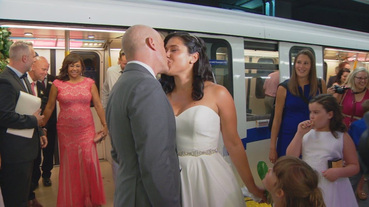 SkyTrain wedding bells: Couple who met on Canada Line tie the knot at SkyTrain station