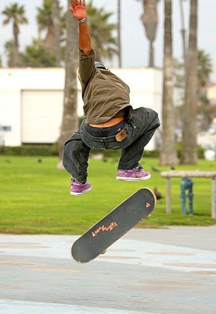[Image: 1200px-Skateboarder-in-the-air.jpg]