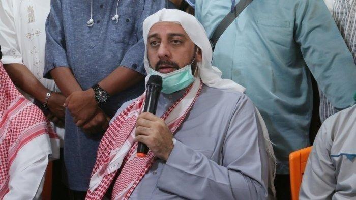 [Image: Syeh-Ali-Jaber-Pernah-Menjadi-Pemain-Sep...al-NTB.jpg]