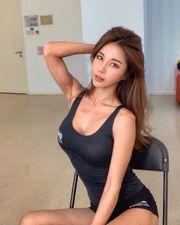 馬甲線性感體態 韓國美女 DJ SIENA 身材甚至比健身教練還好