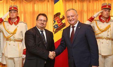 Новый глава миссии ЕС в Молдове вручил президенту верительные грамоты