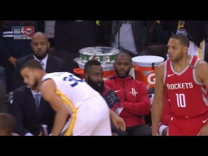 這已經是海嘯兄弟了!! Stephen Curry 射完三分得理不饒人還順手摸摸大鬍子!?