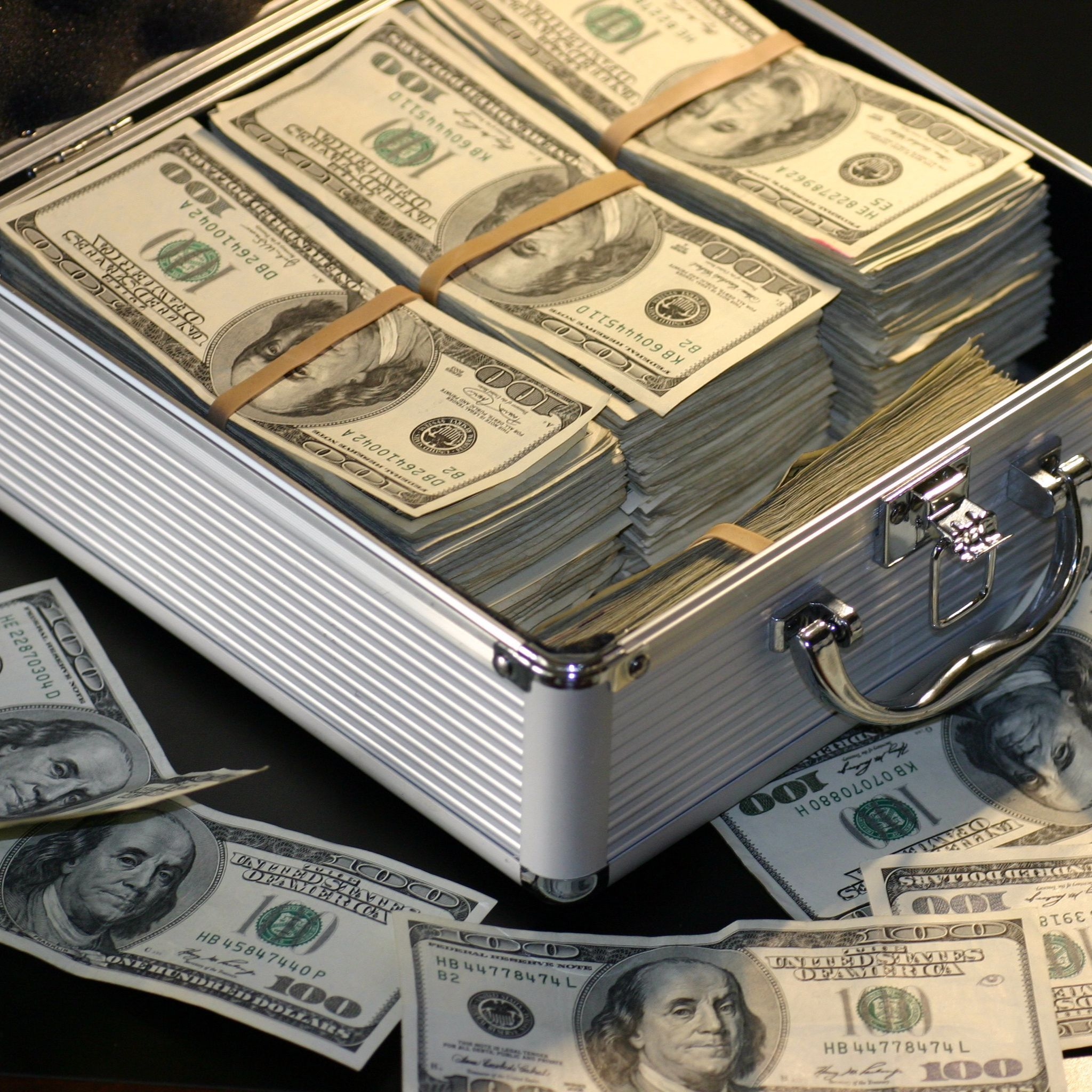 #9 – How To Manage Your Money