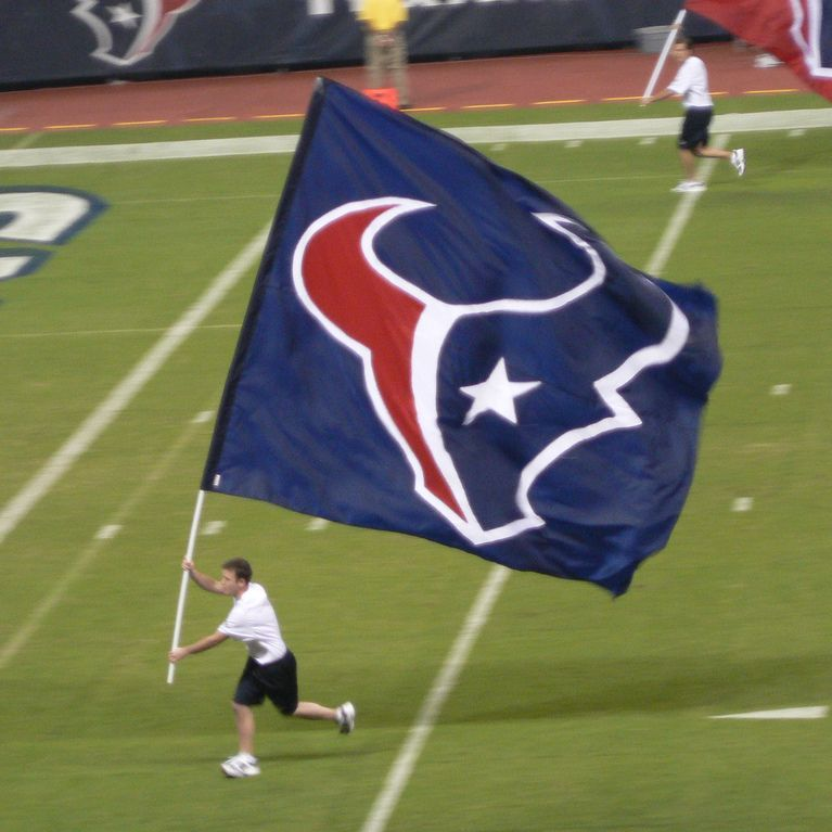 Houston Sports Podcast Episode 11: Texans Preseason Game 3, Astros Still Leading, Playoff Rotation