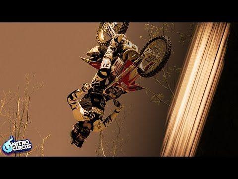 一次成功,極危險的花式電單車Triple Backflip