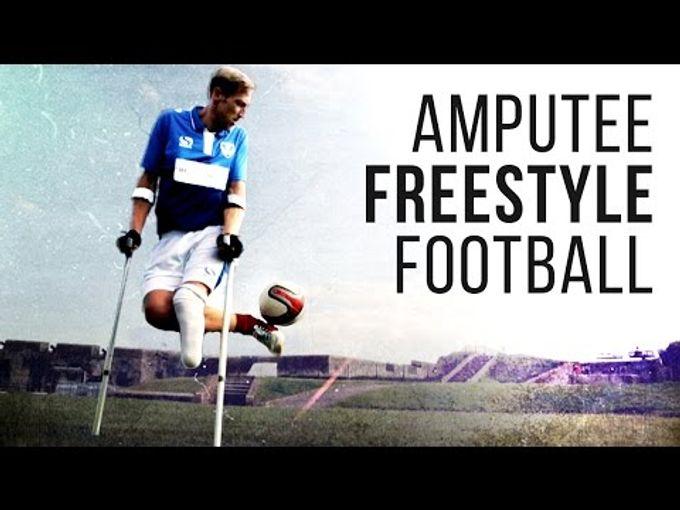 (Respect) 兩截肢足球員展示超卓足球技術