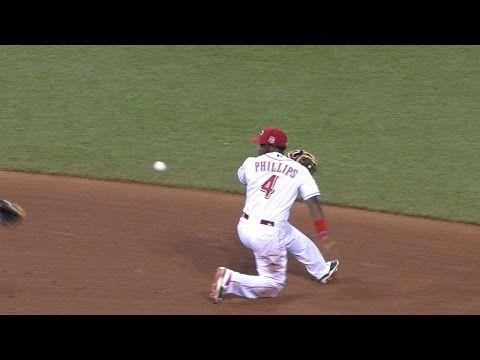 [MLB] Brandon Phillips神乎其技後手傳球,eugenio suarez完美接應雙殺對手!