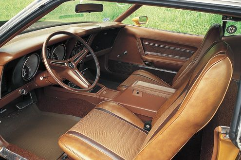 [Image: p64884_large1972_Ford_Mustang_Mach_1Interior.jpg]