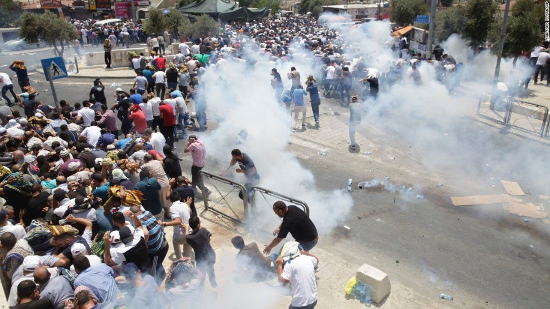 Clashes continue in Jerusalem and West Bank