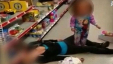 Video shows mom overdose beside toddler - CNN Video