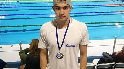 Талантът на Еврoфутбол Светлозар Николов покри норматива за световното по плуване