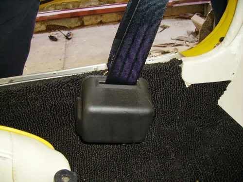 [Image: seatbelt9.jpg]