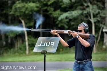[Image: Obama-shooting-teleprompter_zps4ee1881e.jpg]