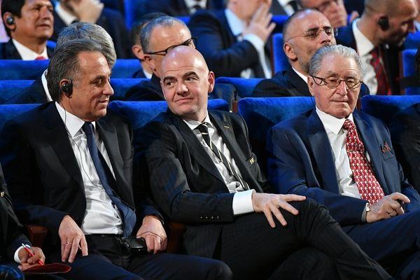 Глава ФИФА пошутил над допингом в сборной России по футболу