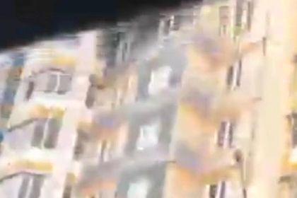 Прыжок с балкона убегавшего от полицейских россиянина сняли на видео